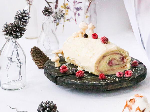 MAPLE YULE LOG CAKE